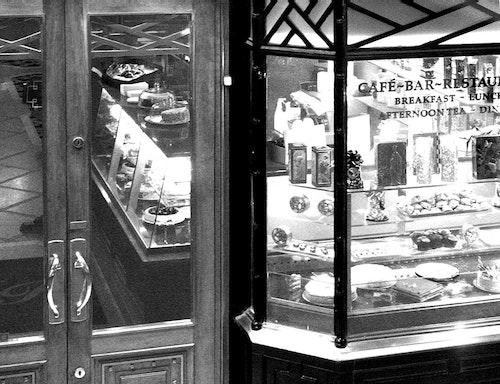 London Cafe Bakery