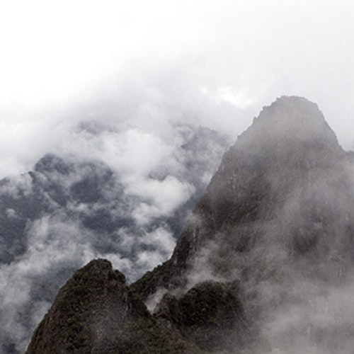 Peru Mountaintops Horizontal