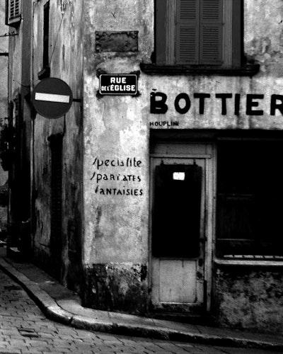 Street Scene Rue de L'eglise